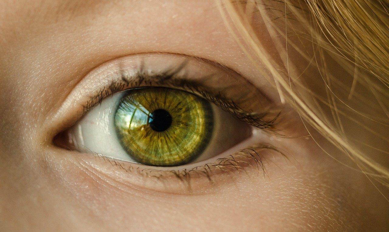 oko stożek rogówki